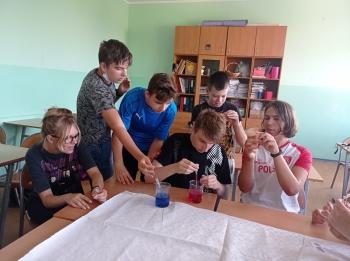 klasa 8B przygotowuje własne ependorfy