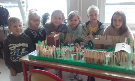 """""""W miniaturowym świecie""""- świetlicowy projekt edukacyjny."""