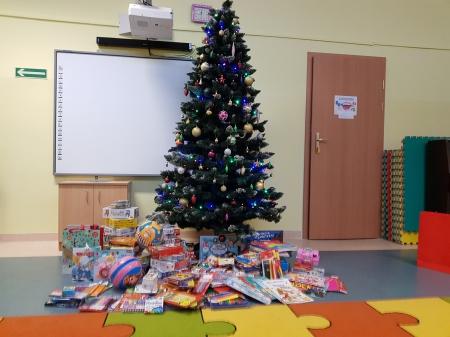 Podziękowanie dla Rodziców za zbiórkę przyborów szkolnych i zabawek dla dzi
