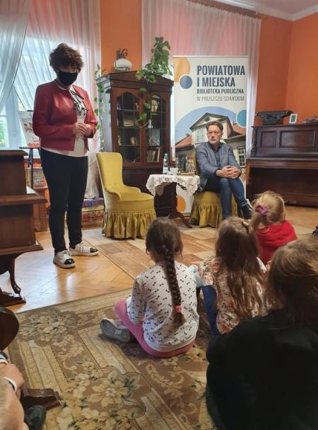 Spotkanie z pisarzem Michałem Rusinkiem